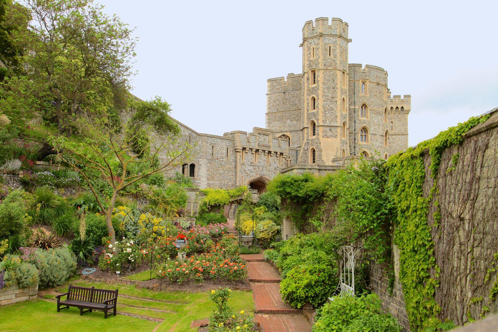 iStock_Windsor Castle_XXXLarge_preview
